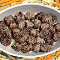 Thumbnail image for the Swedish meatballs recipe.